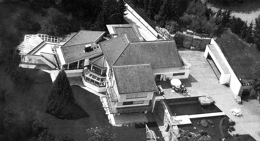 Дом Dupli Casa, (Villa MRMM), Германия старый дом